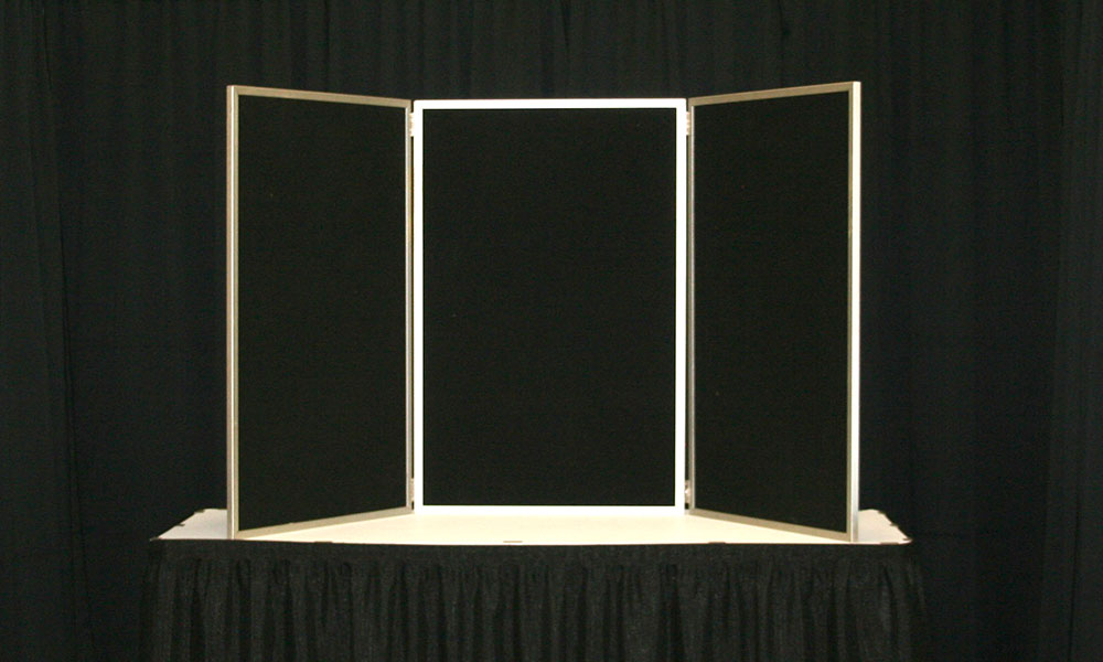 Black - 3 Panel Table Display