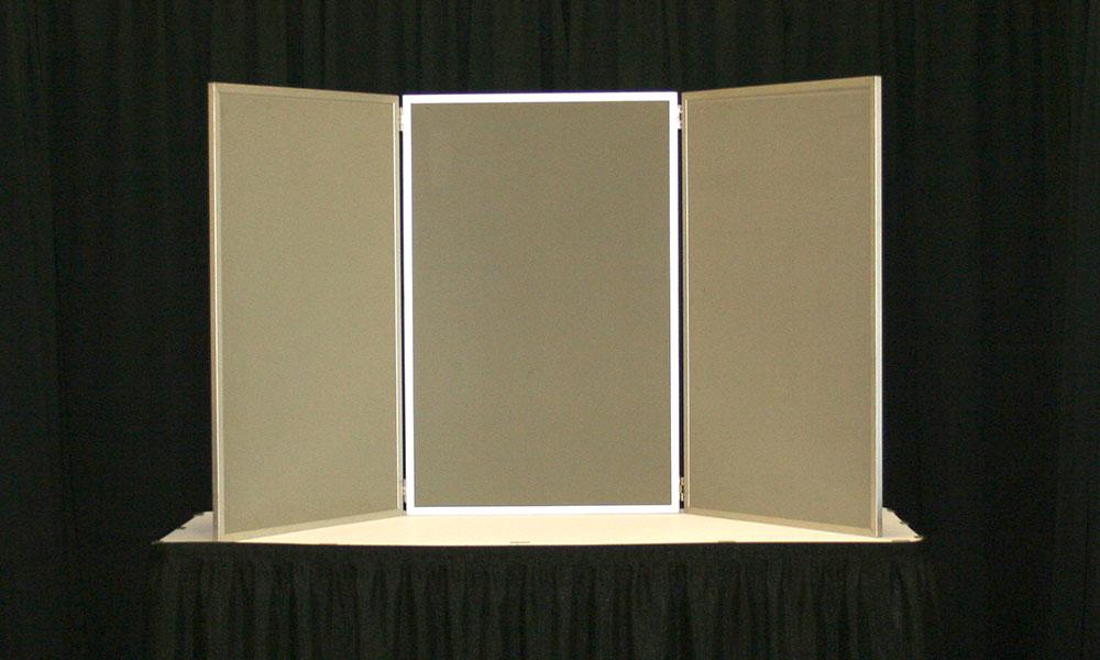 Brown - 3 Panel Table Display
