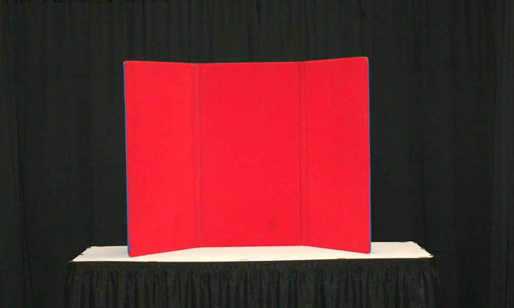 Red - 3 Panel Table Display